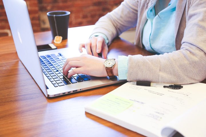 Pracovní portál vám nabízí více než 100000 pracovních nabídek na jednom místě