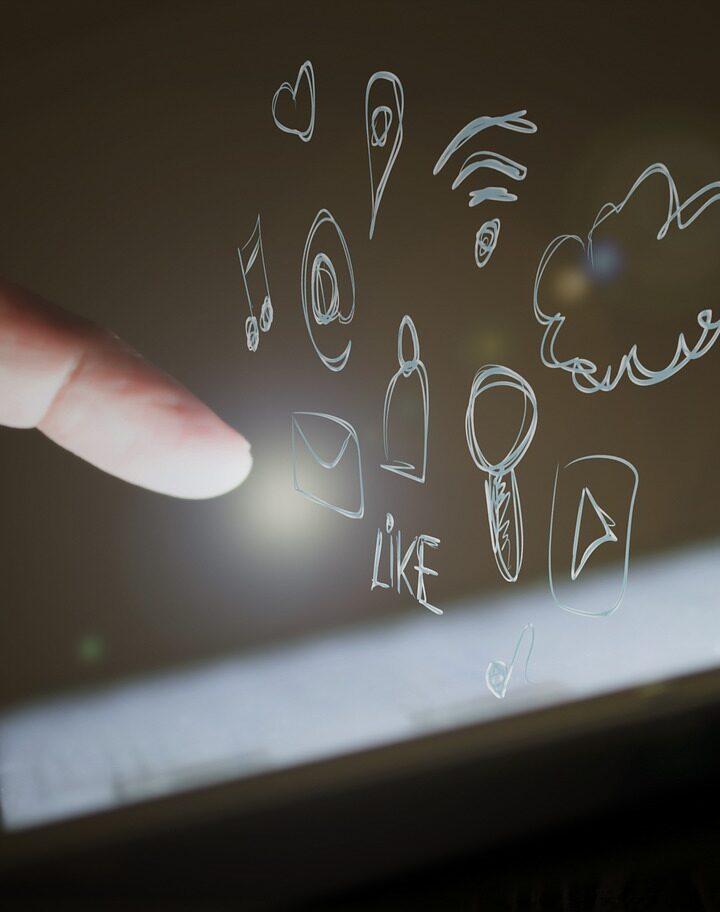 Nemůžete najít web, který by ukojil vaší touhu po vědění?